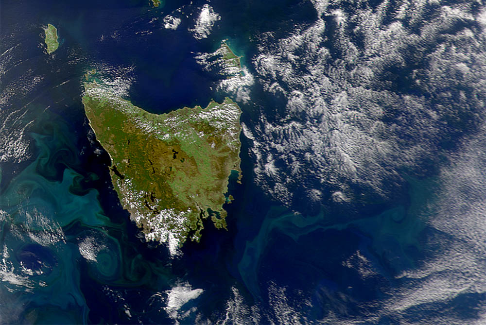 img-tasmania-satellite